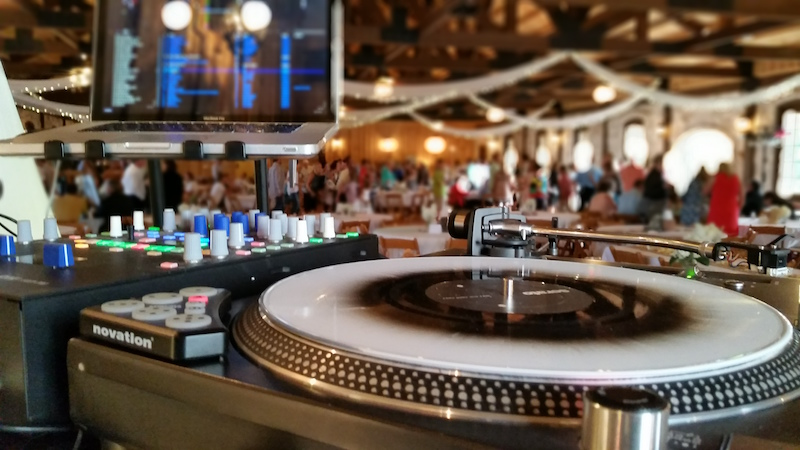 Dallas Wedding DJ equipment